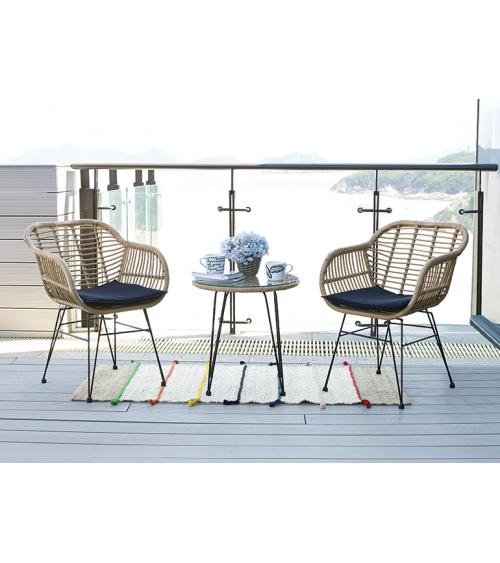 Zestaw mebli na balkon - dwuosobowy zestaw kawowy.