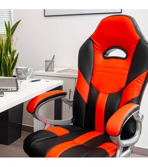 Fotel biurowy cieszący się sporym powodzeniem jako fotel gamingowy.