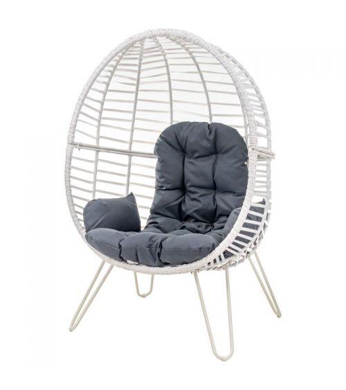 Rattanowy fotel do salonu - wygodne fotele rattanowe