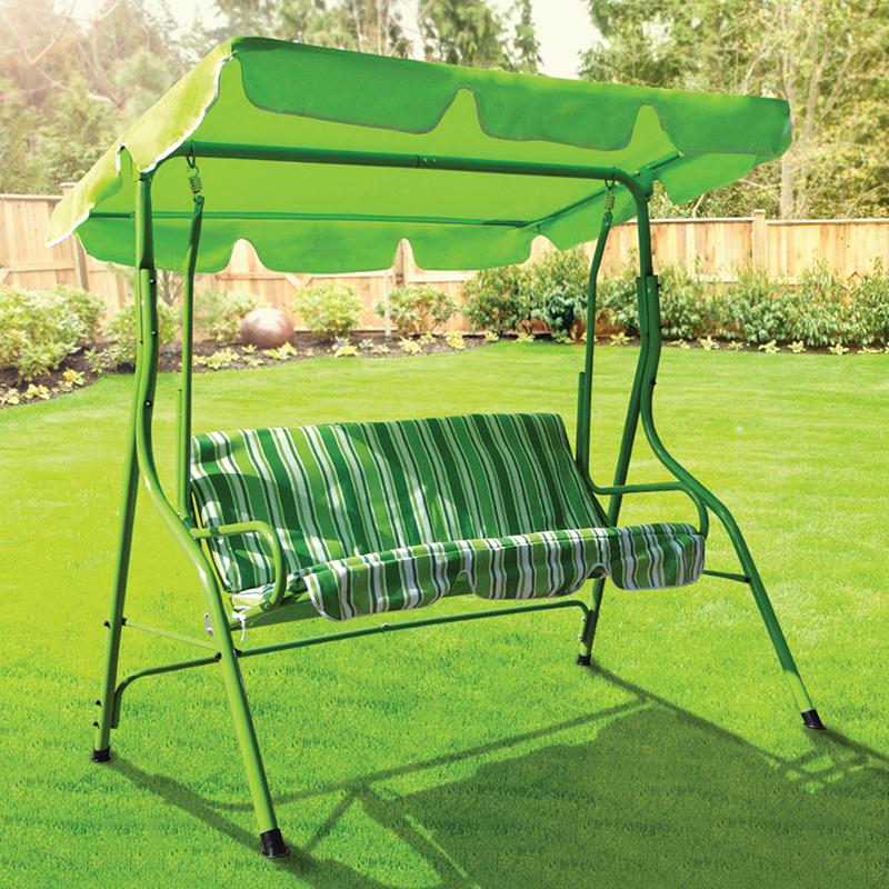 Huśtawka ogrodowa w zielone pasy