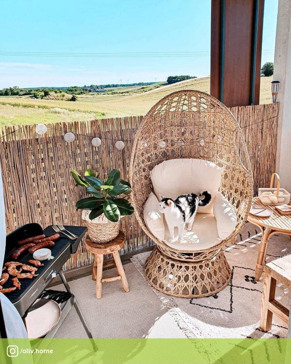aranżacja tarasu - Obrotowy fotel rattanowy z wygodnymi poduszkami Indeks: MIR_P1682NB OGRÓD