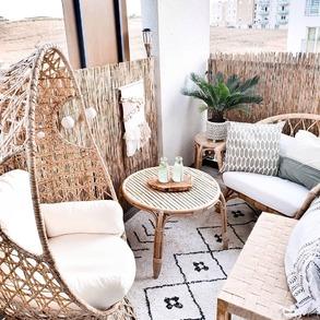 Zainspiruj się z nami. 💚 Fotel obrotowy Positano, na który zdecydowała się @oliv.home wpasuje się w każdy przytulny kąt na balkonie lub tarasie. Przygotuj swoje wymarzone miejsce do odpoczynku w najmniejszych szczegółach.   #Majowo #majowo_pl #ogródzmajowo #taraszmajowo #krzesło #wiszącekrzesło #krzesłoboho #stylboho #gardenfurniture #gardenspace #gardendesign #gardeninspiration #gardendecor #garden #terrace #outdoorfurniture #terraceinspiration #whitefurniture #krzesłobrazylijskie #bohogarden #taras #leniwyodpoczynek #odpoczynek #stylboho #majoweinspiracje #flowerpower #outdoordesign #outdoordecor #outdoorinspiration
